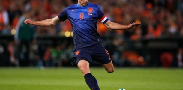Van Persie Diharapkan Tampil 100 % Di Piala Dunia Nanti